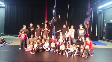 2015-12-19 taller de circ (87)